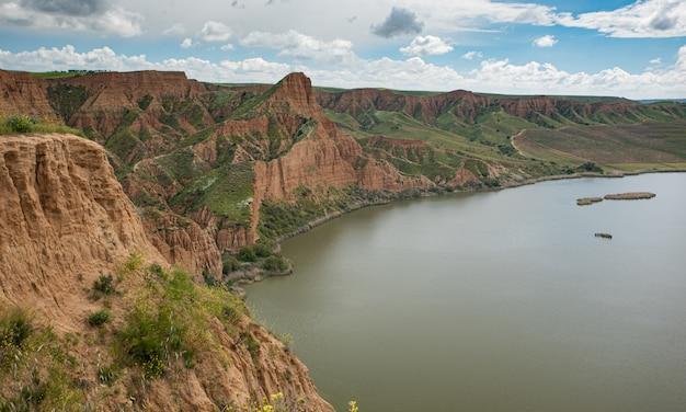 Barrancas de burujon or grand canyon in guadamur Premium Photo