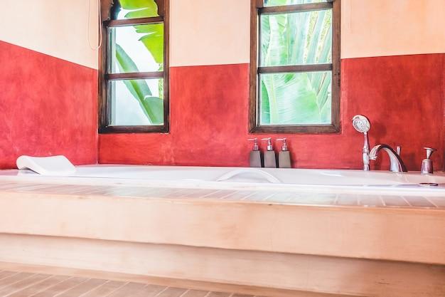 Bathtub Free Photo