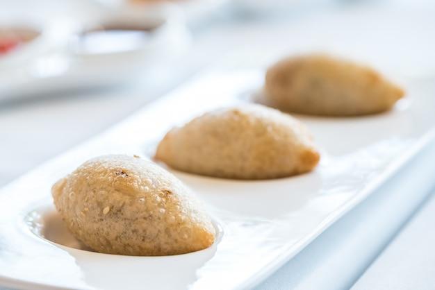 Bbq pork dumplings Premium Photo