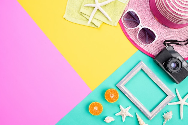 Beach accessories for summer holiday and vacation concept. Premium Photo