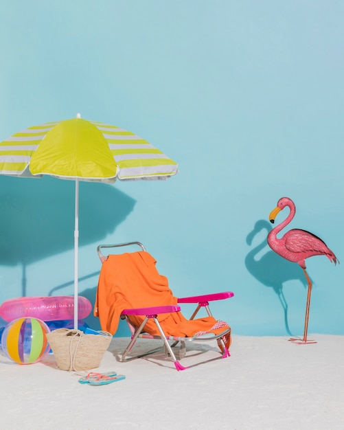Beach decorations on blue background Free Photo