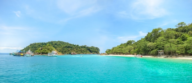 Beach scenery around koh chang thailand. Premium Photo