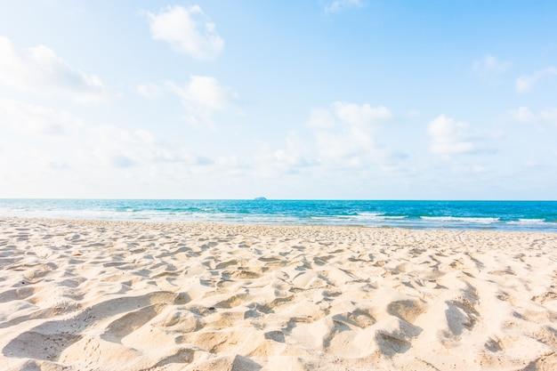 Beach and sea Free Photo