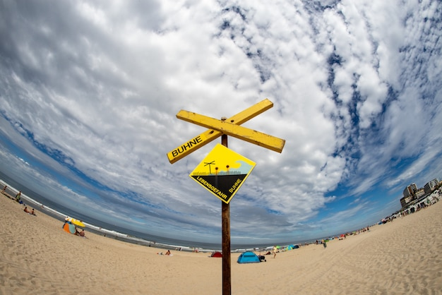 Beach sign Foto Gratuite