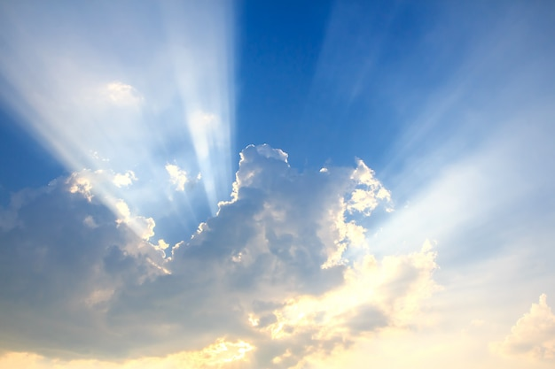 Beam of light and the clouds Premium Photo
