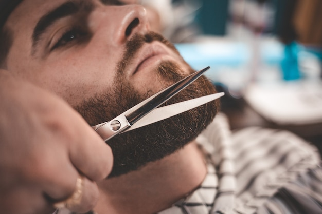 beard-styling-cut_153608-72.jpg (626×417)