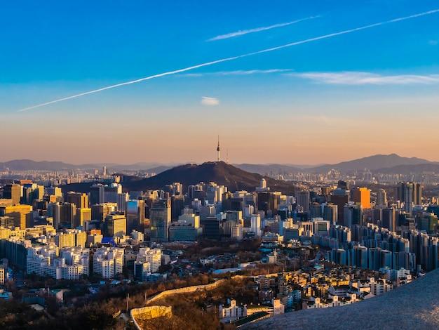 Beautiful architecture building cityscape in seoul city Free Photo