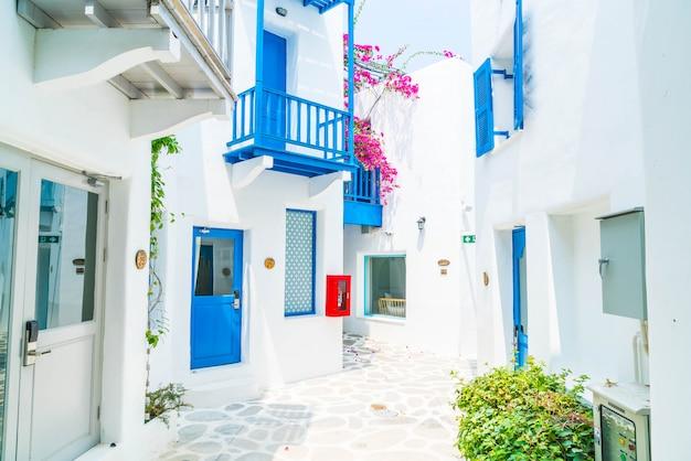 Beautiful architecture building Premium Photo