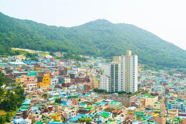 Beautiful architecture at gamcheon culture village in busan Premium Photo