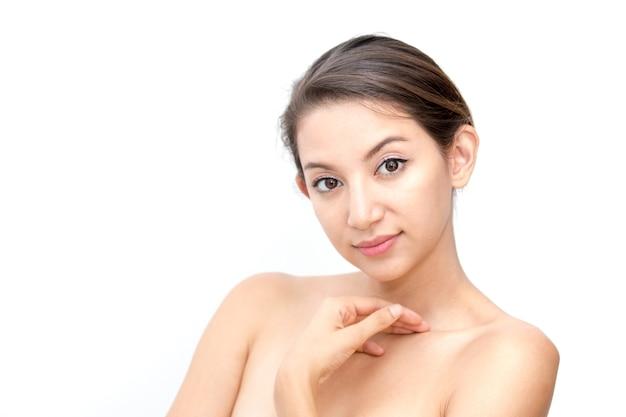 Beautiful Asian Woman Face Portrait Beauty Skin Care Concept Premium Photo