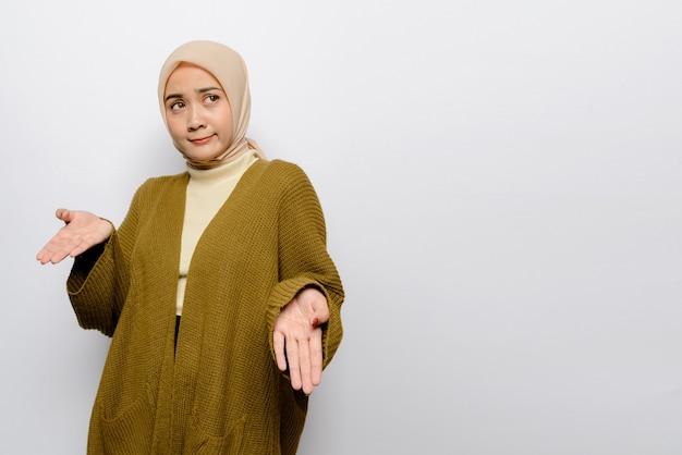 Beautiful asian woman on white background Premium Photo