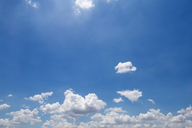 Beautiful blue sky and clouds Premium Photo