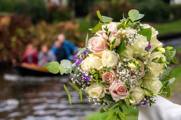 Bellissimo bouquet da sposa Foto Gratuite