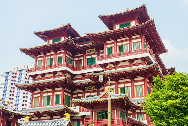 Beautiful buddha tooth temple at singapore Free Photo