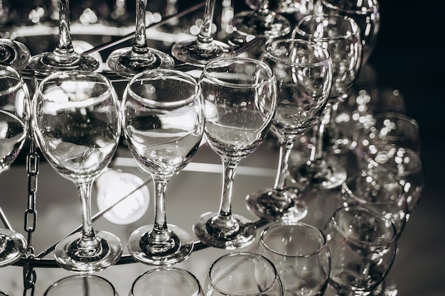 와인 잔으로 만든 아름다운 샹 들리 무료 사진