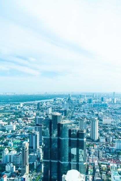 Красивый городской пейзаж с архитектурой и зданием в бангкоке Premium Фотографии