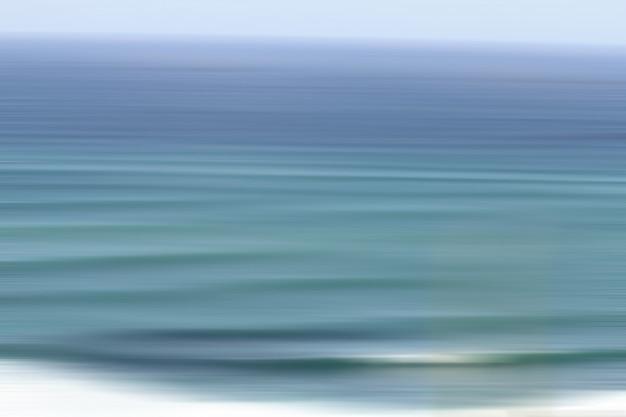 Красивая съемка крупного плана изумительной текстуры воды в океане Бесплатные Фотографии