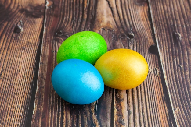 Beautiful colorful easter eggs. easter concept Premium Photo