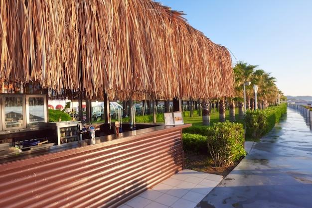 Bellissimo terrapieno per passeggiate e sport in amara dolce vita luxury hotel. alanya turchia. Foto Gratuite