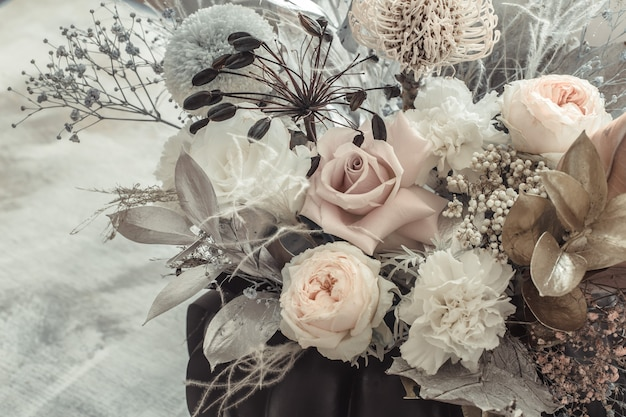 신선한 꽃의 아름다운 꽃꽂이 무료 사진