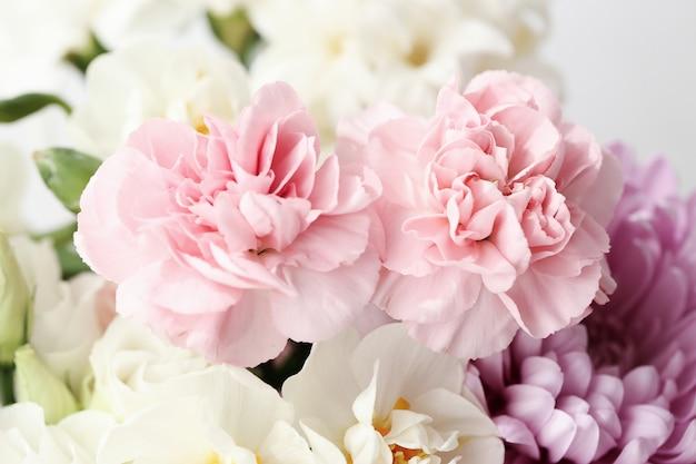 美しい花の花束のクローズアップ 無料写真
