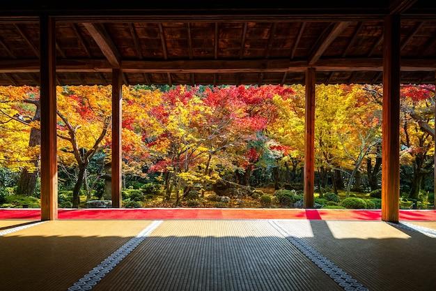Enkoji 사원, 교토, 일본에서 가을에 아름다운 정원. 무료 사진