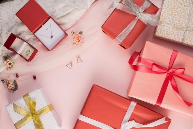 Beautiful gift box and jewel background Free Photo