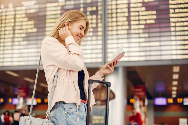 Skip the Long Airport Queues with Easy Web Check-in For Flights