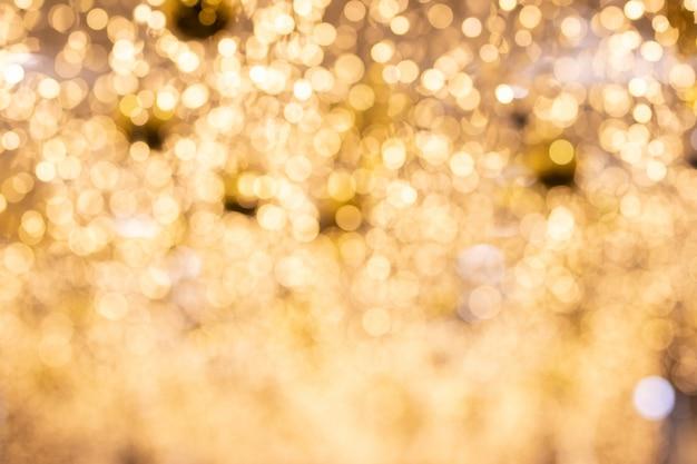 背景の美しい黄金ボケ。 Premium写真