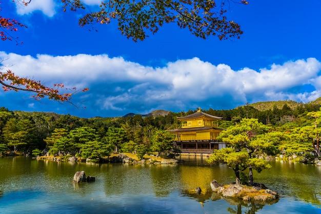 Beautiful kinkakuji temple with golden pavillion in kyoto japan Free Photo
