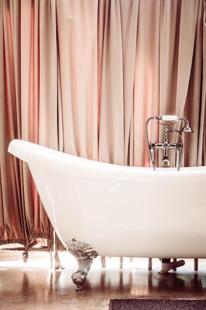 Beautiful luxury bathtub Free Photo