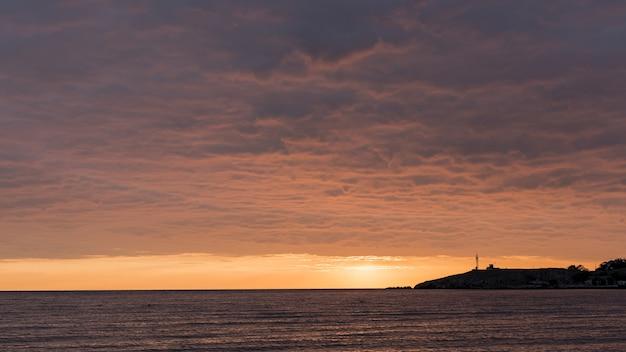 Beautiful ocean landscape sundown view Free Photo