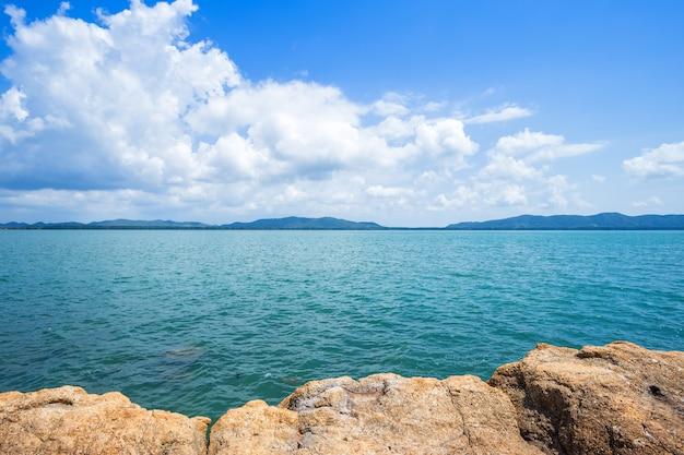 Beautiful the sea at hat chao lao beach in chanthaburi, thailand. Premium Photo