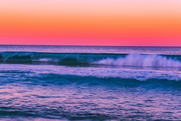 水の体の美しいショット 無料写真