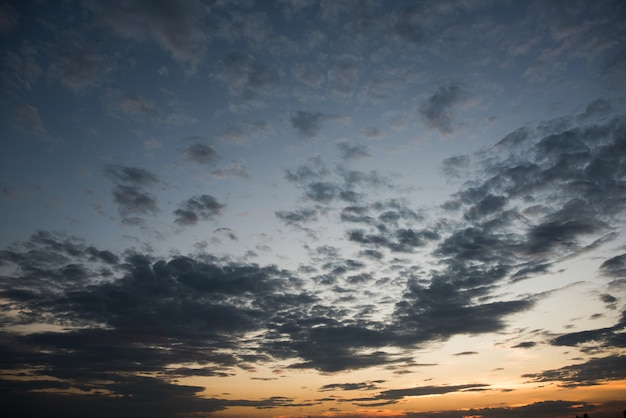 Beautiful sunset sky Free Photo