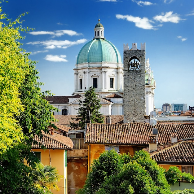 Beautiful sunset view of the duomo cupola over the town brescia Premium Photo