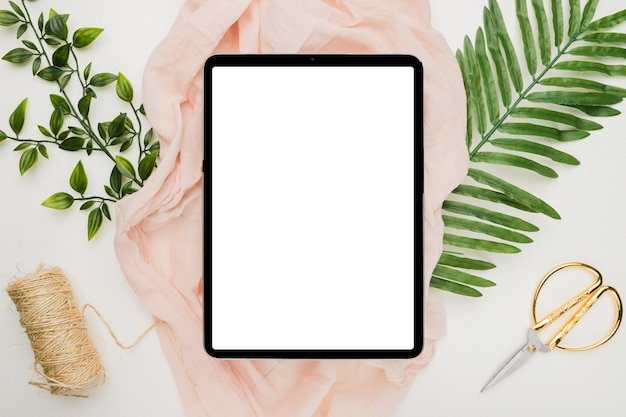 Beautiful tablet template for wedding Free Photo
