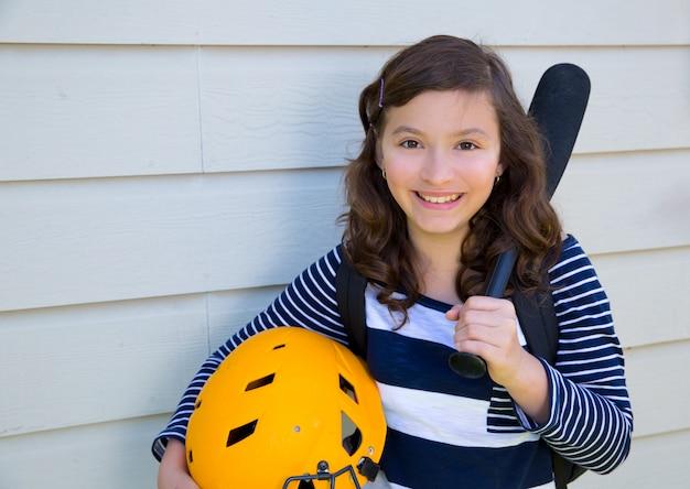 Beautiful teen girl portrait smiling Premium Photo