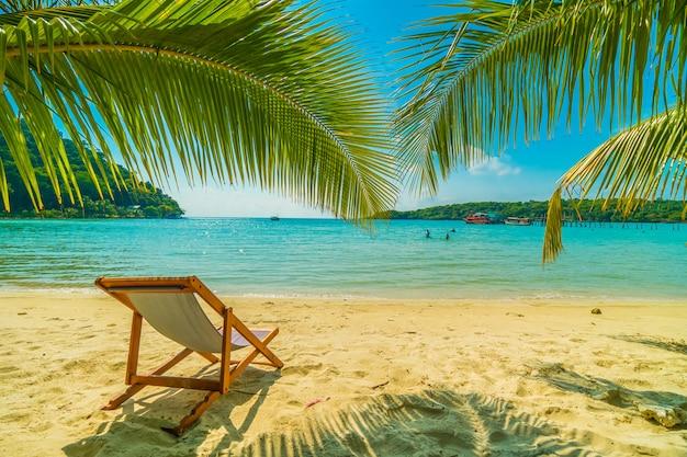 Beautiful tropical beach and sea Free Photo