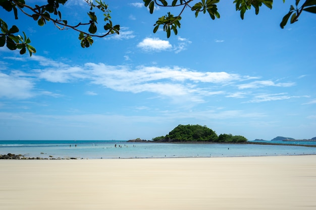 Beautiful tropical nature landscape of sea ocean and beach in thailand. Premium Photo