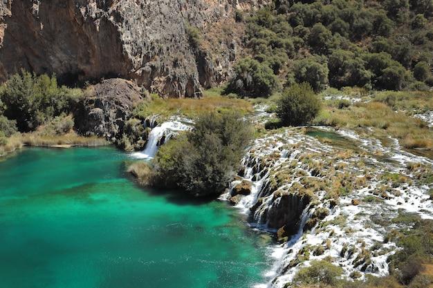 Huancayaラグーンの美しい景色 Premium写真