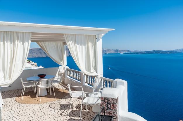 Beautiful view of santorini island from a terrace Premium Photo