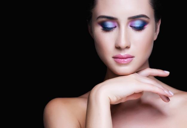 Beautiful woman face. perfect makeup Premium Photo