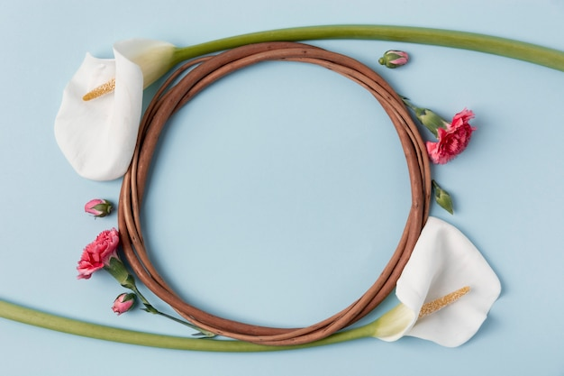 Beautiful wreath made of calla lily with copy space Free Photo