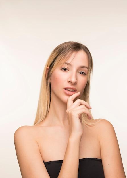 Beautiful young woman posing Free Photo