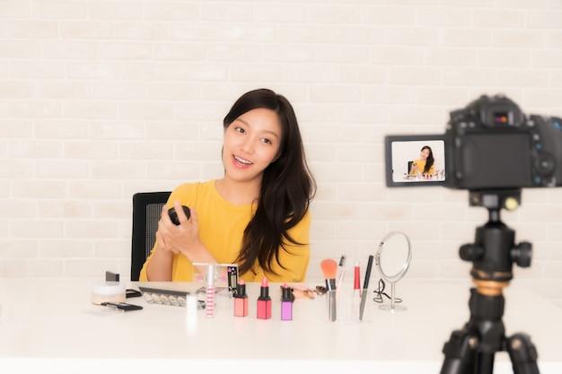 Beauty blogger at social video live. Premium Photo