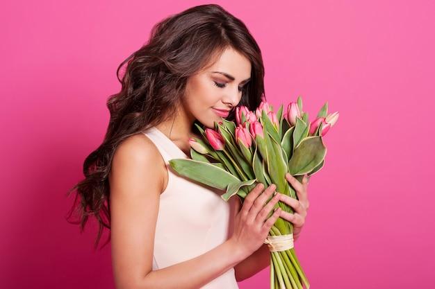 봄 꽃 냄새 아름다움 섬세 한 여자 무료 사진