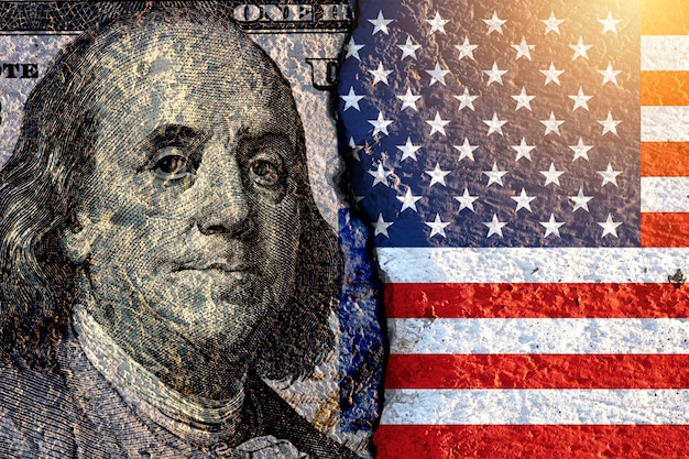 Benjamin franklin former us president on us dollar banknote and usa flag Premium Photo