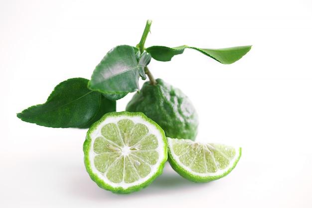 Bergamot thai herb for spa and hair treatment for hair loss problem Premium Photo