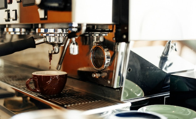 Beverage barista steam coffee chill awakening concept Premium Photo